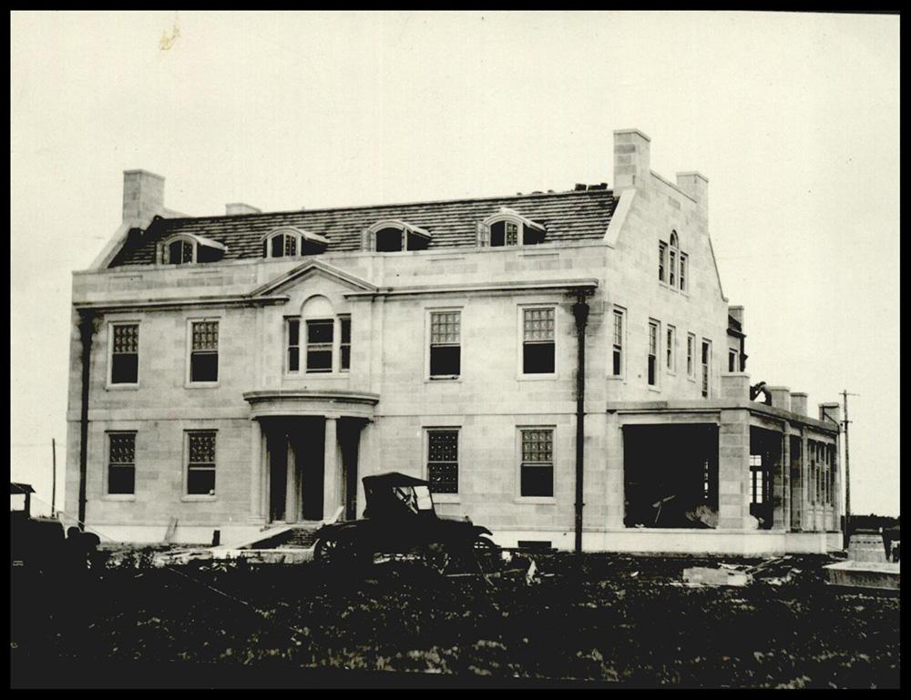 1928 Mansion Exterior