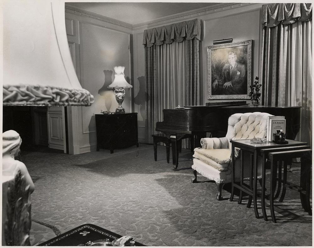 1951 Living Room