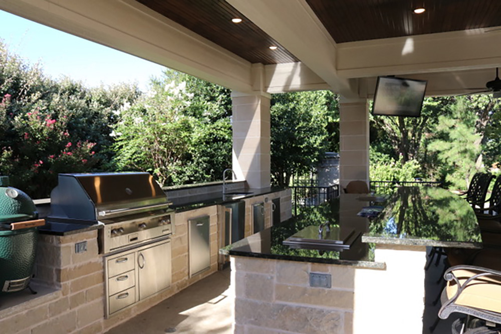 2017 Outdoor Kitchen